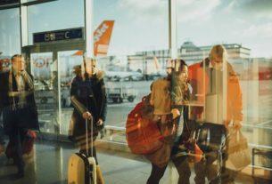 Jak być bezpiecznym podczas podróży? 8 sprawdzonych porad!