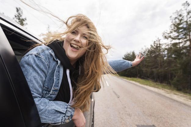 Wysokość składki na ubezpieczenie OC zależy od wieku kierowcy, stanu cywilnego czy marki samochodu. Czynników jest jednak znacznie więcej.