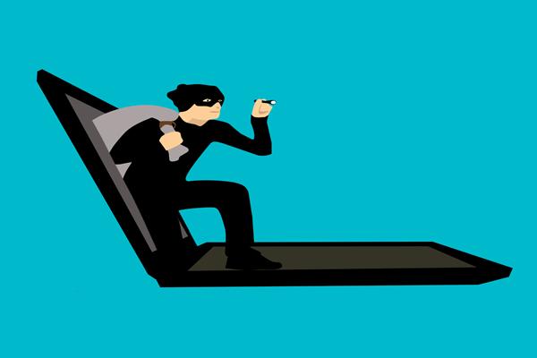Finansowe oszustwa w internecie - jak się przed nimi chronić
