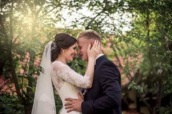 Najczęściej popełniane błędy przy wyborze kamerzysty weselnego