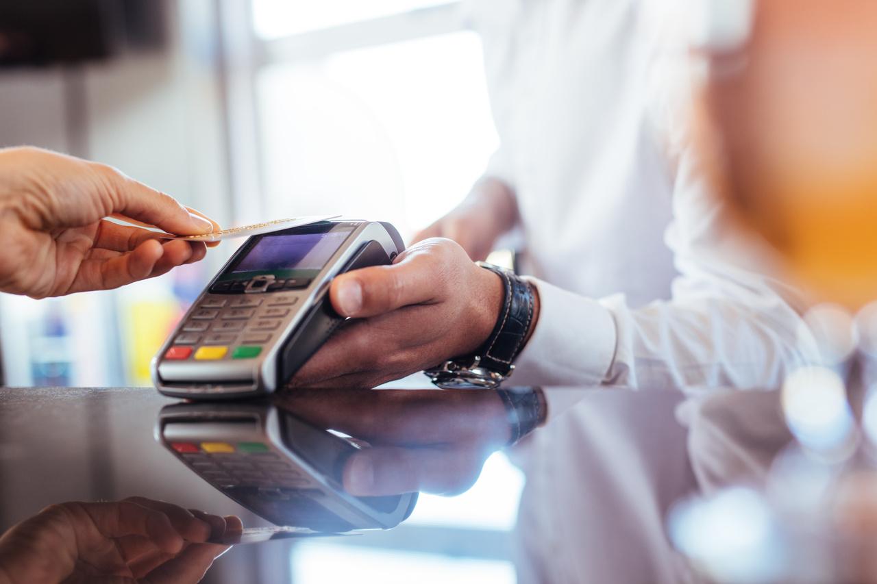 Sprawdzanie kodu CVV i CVC na karcie płatniczej