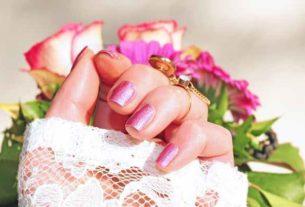 Poznaj zalety najmodniejszego manicure – manicure hybrydowy